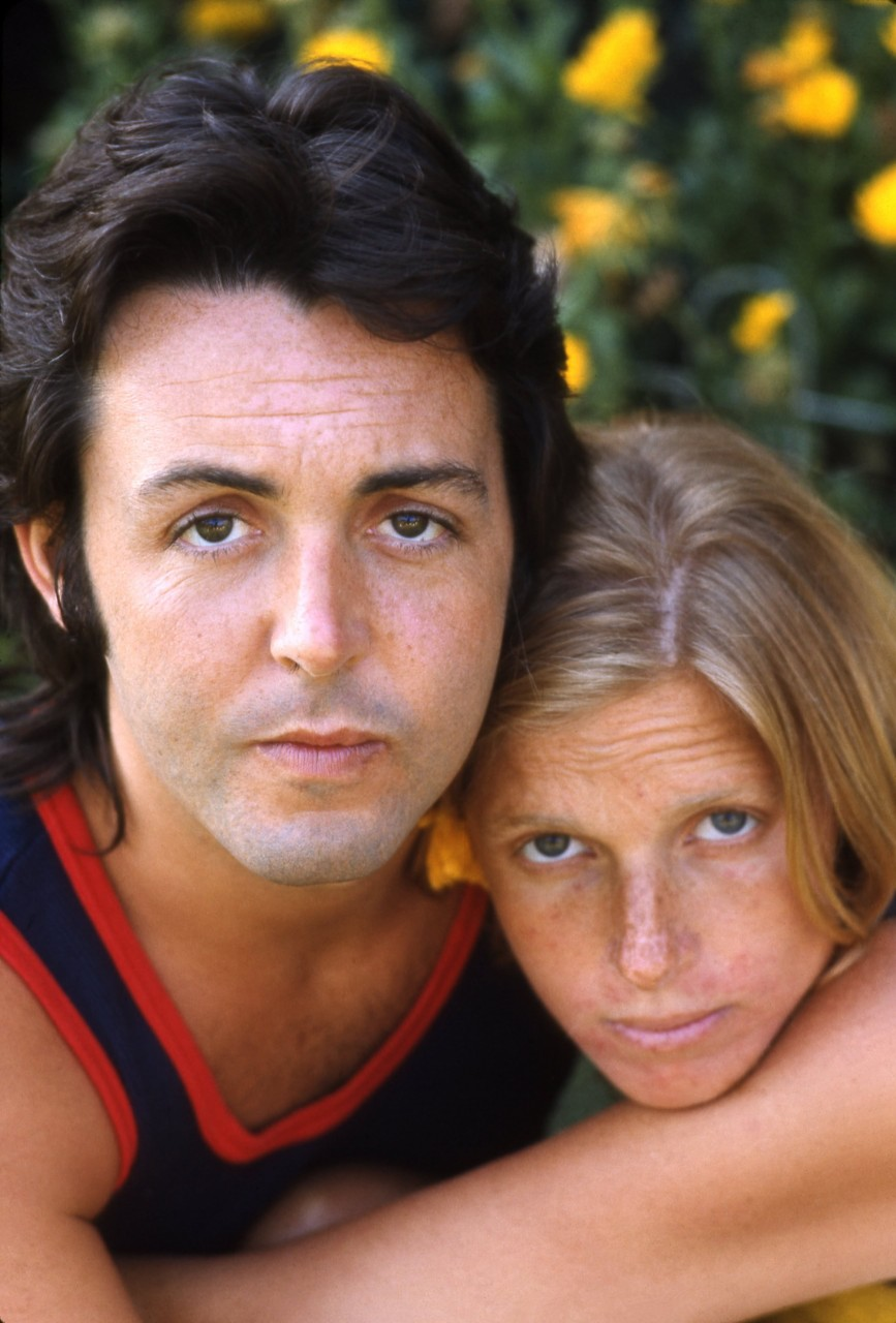 paul and linda mccartney circa 1970 paul s decision to include linda    Paul Mccartney And Linda 2013