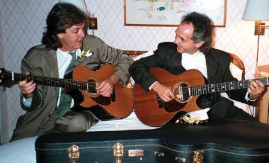 Do you think Paul McCartney would have gone in a Christian bookstore to buy Phil's music? Yes, this is Paul McCartney with his vocal twin, Phil Keaggy. I wish I could hear what they were playing!