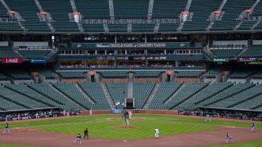 The game between the Orioles and the White Sox.